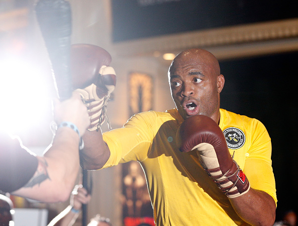 Anderson Silva no treino aberto do UFC 183 (Foto: Josh Hedges / Zuffa LLC / UFC / Via Getty Images)